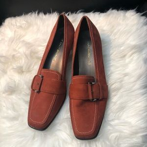 Bandolino orange loafer